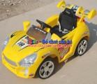 Xe ô tô điện trẻ em XDK004 kiểu dáng xe đua